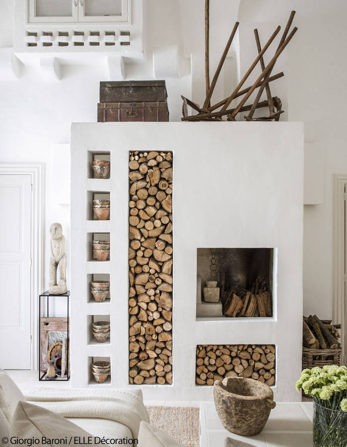 beautiful home in puglia, italian interiors, italian homes, apulia design, italianbark interior design blog, total white, modern fireplace idea