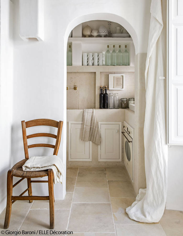 beautiful home in puglia, italian interiors, italian homes, apulia design, italianbark interior design blog, total white