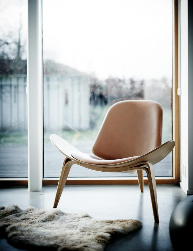 design handles, modern kitchen handles, danish styling, furnipart, rikke frost, italianbark interior design blog, leather chair