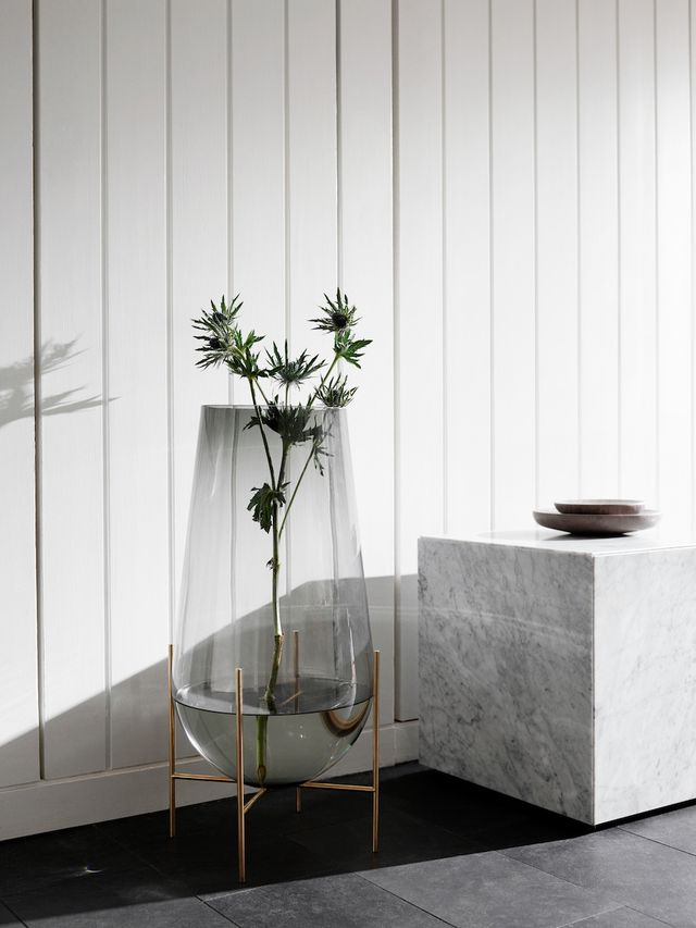 rooting plants in water, glass vases trend, round vases glass, green trend, italianbark interior design blog, menu