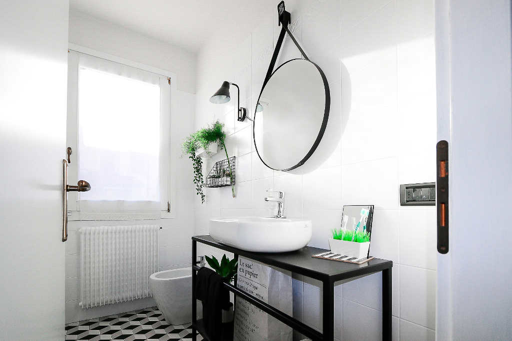 My Bathroom Before After Complete Makeover Of Small Bathroom
