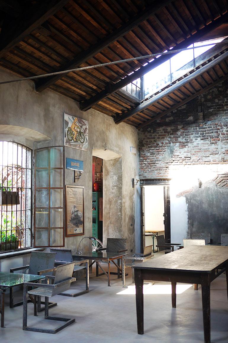 fonderie milanesi - industrial style interior restaurant milan - italianbark