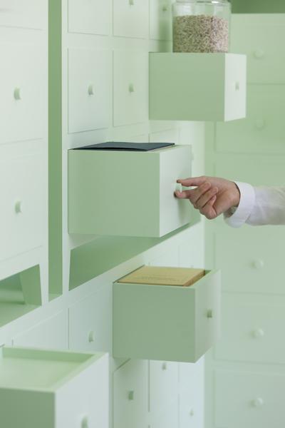 mint interior design - mint cabinets detail