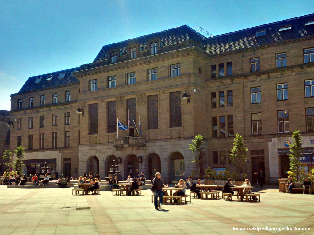 Listed-Building-CityChambers-Dundee-Scotland