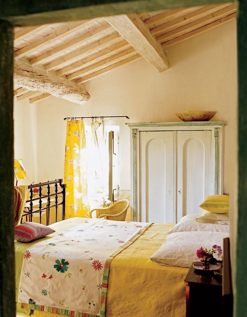 italian-interiors-triciaguild-tuscanyhouse-italianbark6