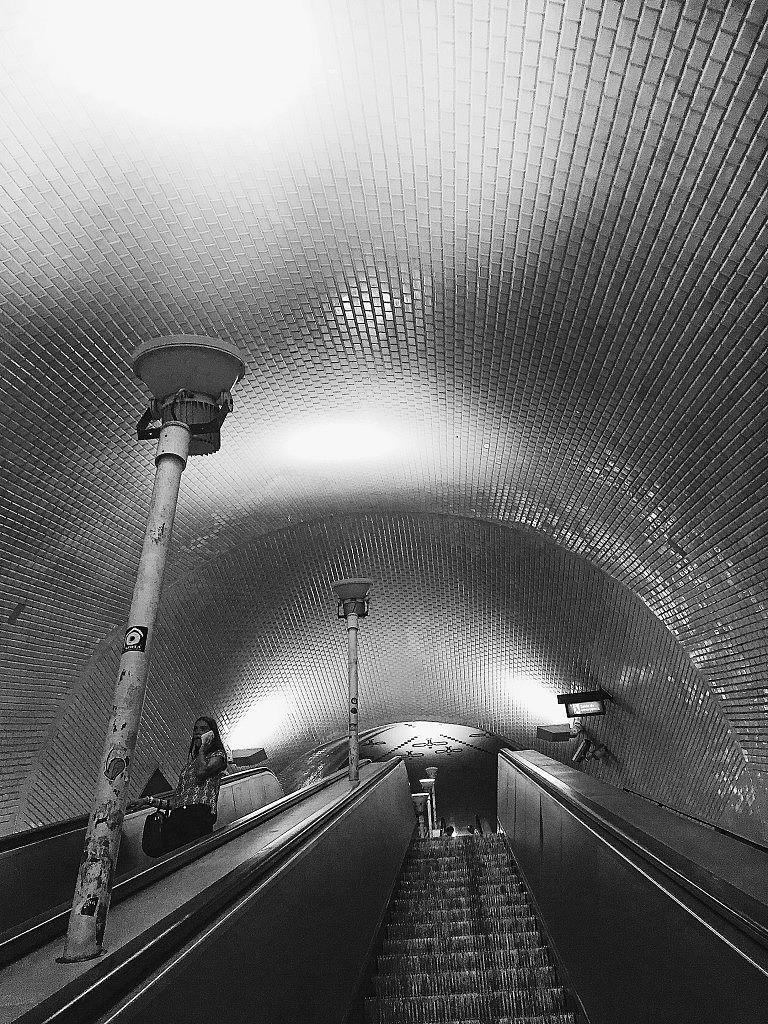 lisbon-design-guide-baixachiado-metro-ITALIANBARKblog