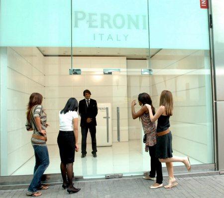 peroninastroazzuro-italian-design
