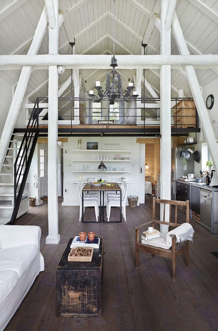 dark-brown-oak-flooring