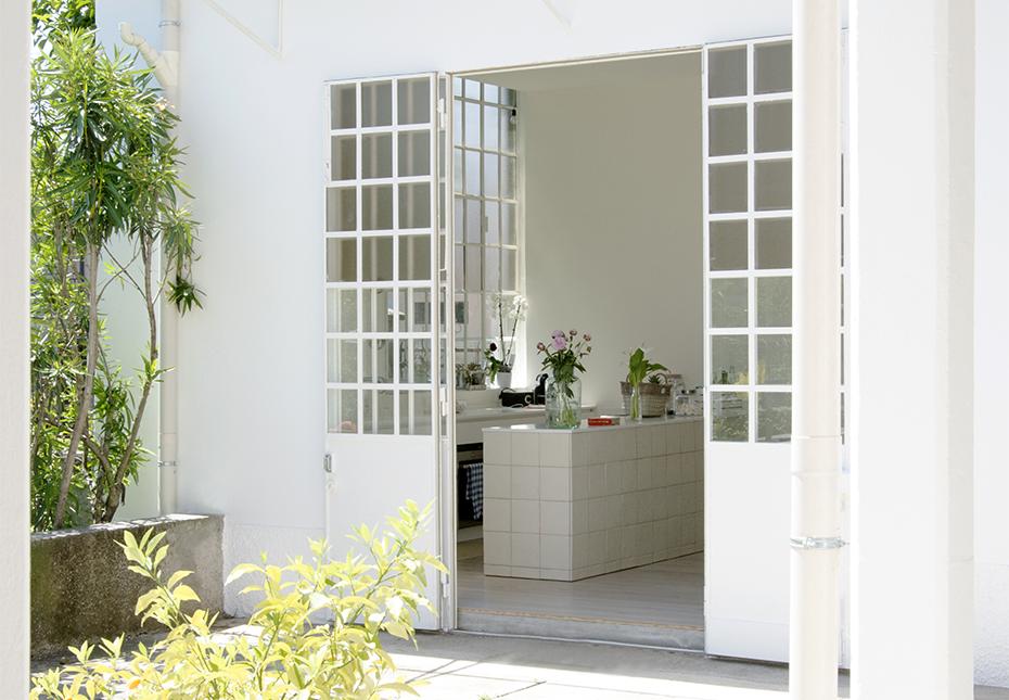 italian-style-interior-entry