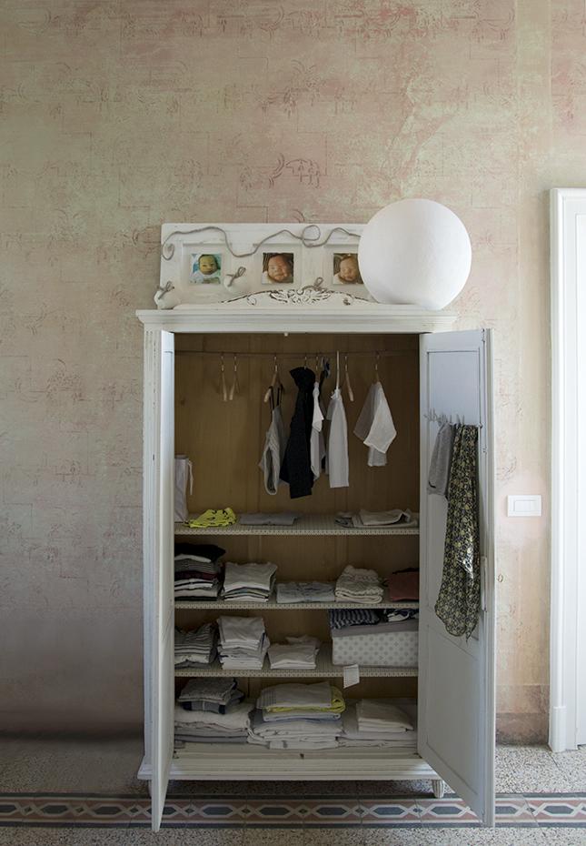italian-style-interior-toddler-wardrobe