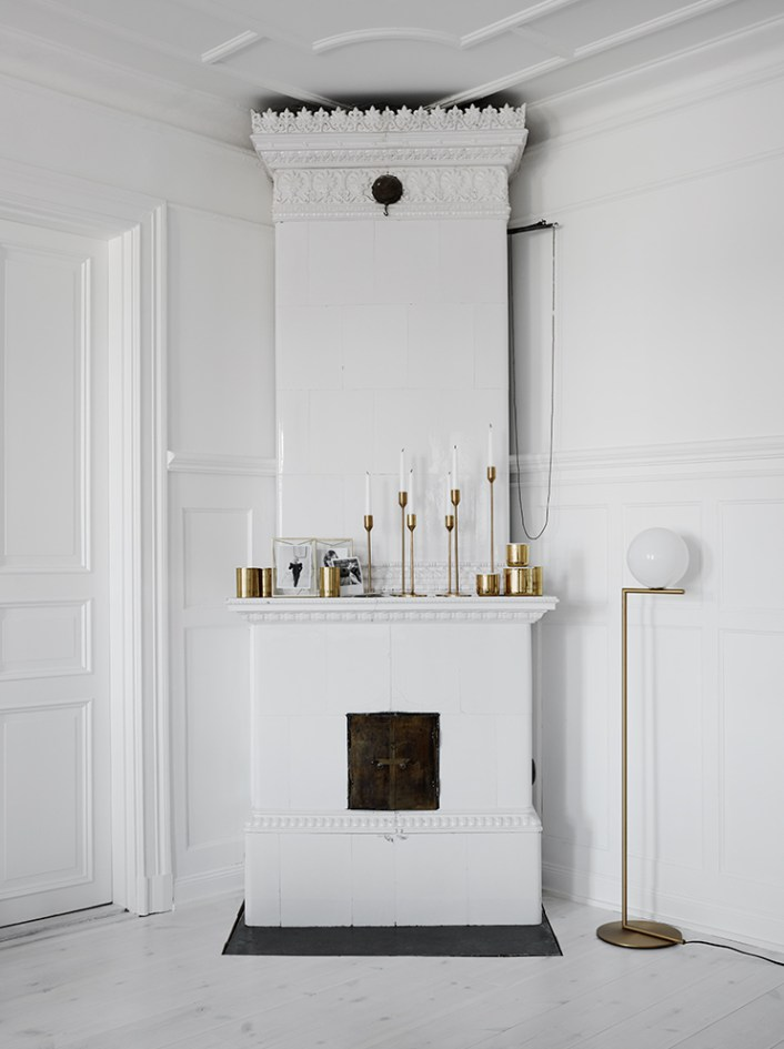 white-brass-ic-flos-lamp