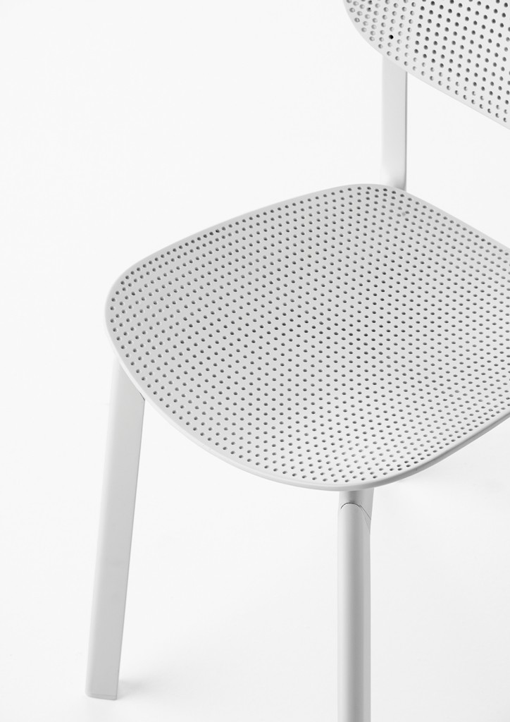 ITALIAN DESIGN, COLANDER KRISTALIA, COLANDER CHAIR, KRISTALIA NEWS, ITALIAN CHAIR, WHITE CHAIR, DESIGN CHAIR