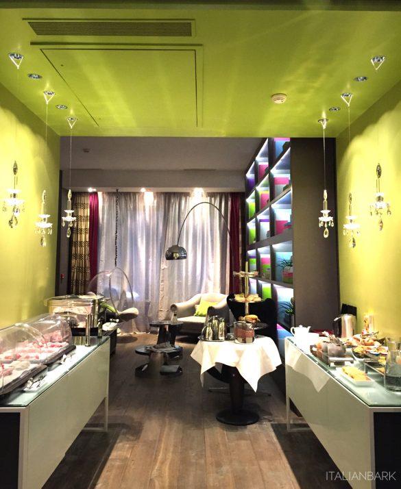 design hotel in Paris, le petit paris, boutique hotel Paris, , breakfast hall design,