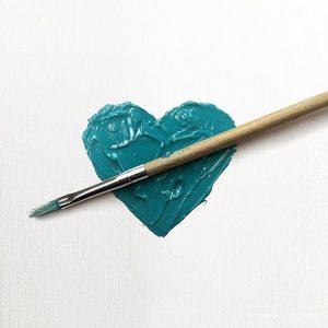 Instagram best design accounts, best instagram design,, benedettodemaio, instagram blue, paint blue heart