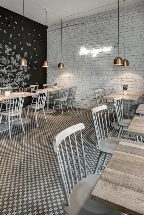 bistrot design in prague, coffee shop interior design ideas, neon sign