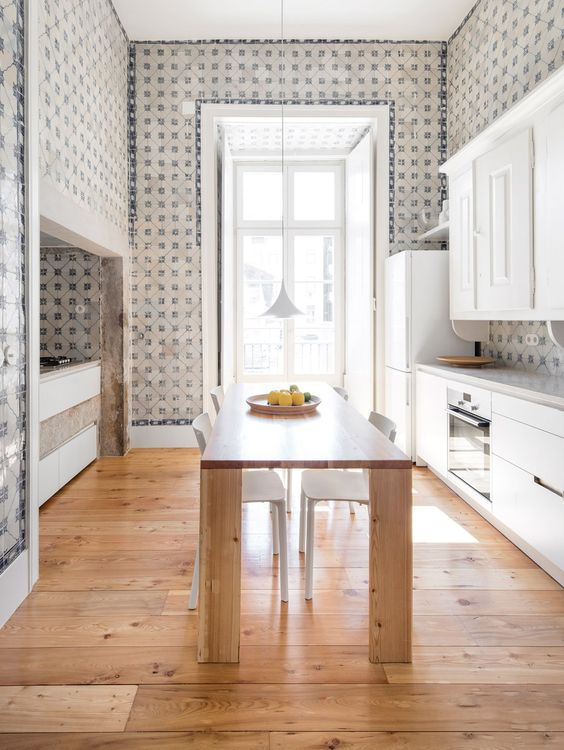 designtime - places I heart - lisbon interior azulejos