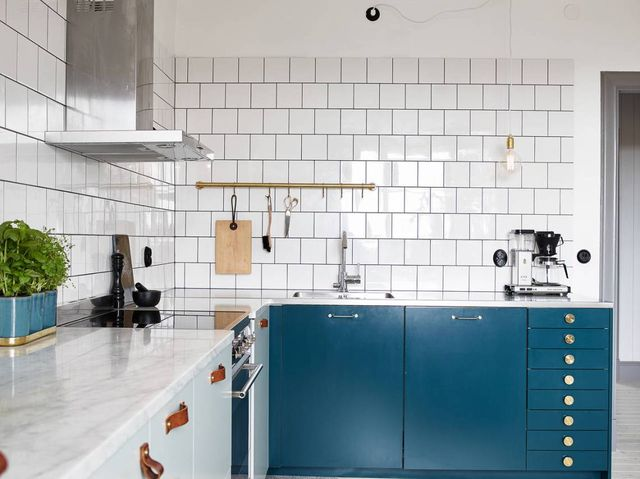 teal-kitchen
