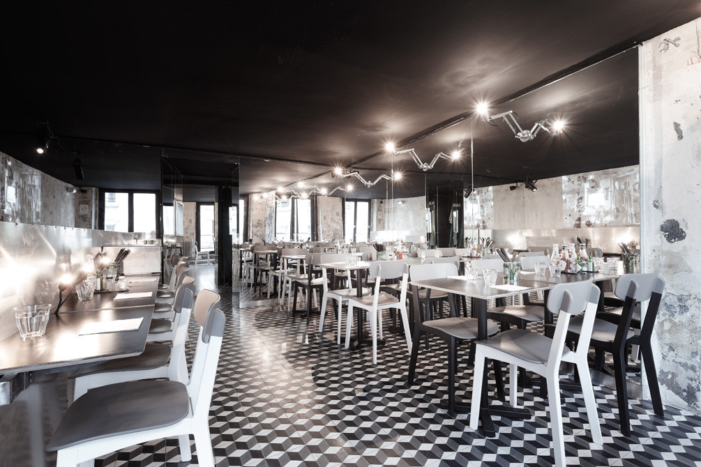 black-ceiling-interior-Paris-NewYork-Restaurant-CUTArchitectures, black ceiling design