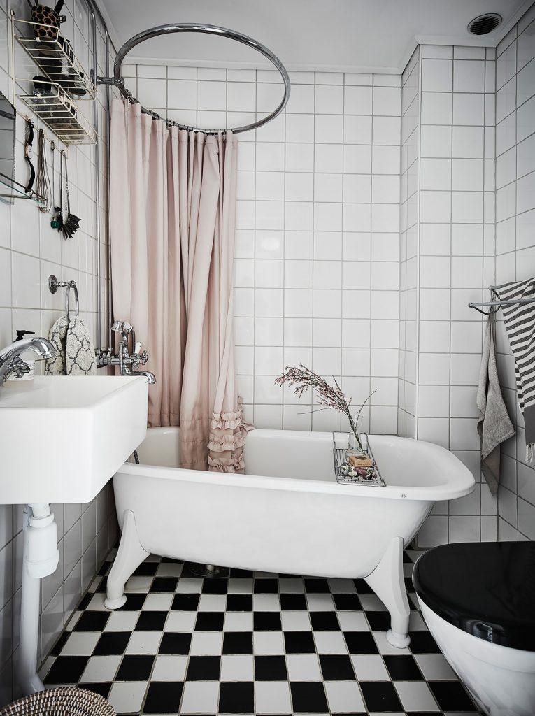 scandi-home-tour-bathroom