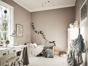 scandi home tour, unconventional scandi interior, italianbark interiordesign blog, powder pink paint, kids room scandinavian