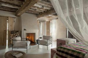 tuscan interiors, tuscan interiors style, italian interiors, italian home decor, italian style, interni toscana, italianbark interior design blog,