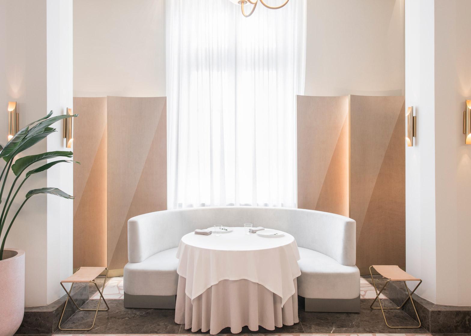 odette-universal-design-studio-singapore-restaurant-design-6