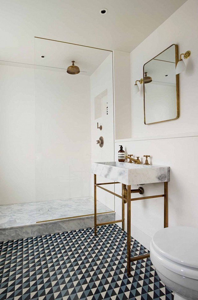 geometric-patterned-tiles-marble-sink