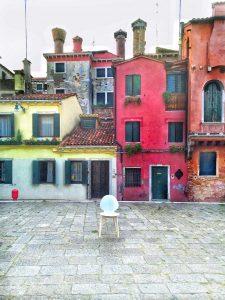 aperitivo venezia, italianbark interior design blog, calligaris, calligaris style your city, calligaris bianca, sedie bianche, venezia, venice best places, venezia aperitivo, venezia tramonto, venice sunset