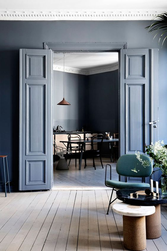 blue interior trend - blue interiors - blue walls - colour trends 2017 - colour 2017 - denim drift - colour of the year 2017 - blue paint trend - dulux denim drift