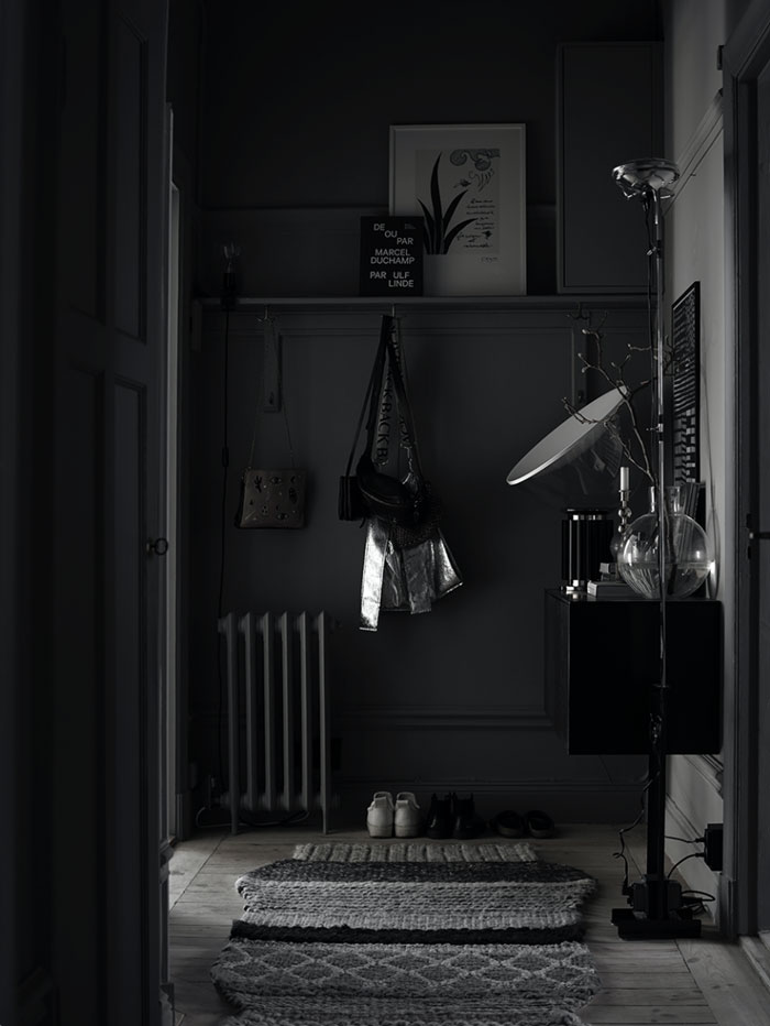 dark interiors, moody interior trends, black interiors, italianbark