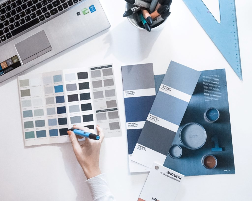 blue-design-flatlay-42