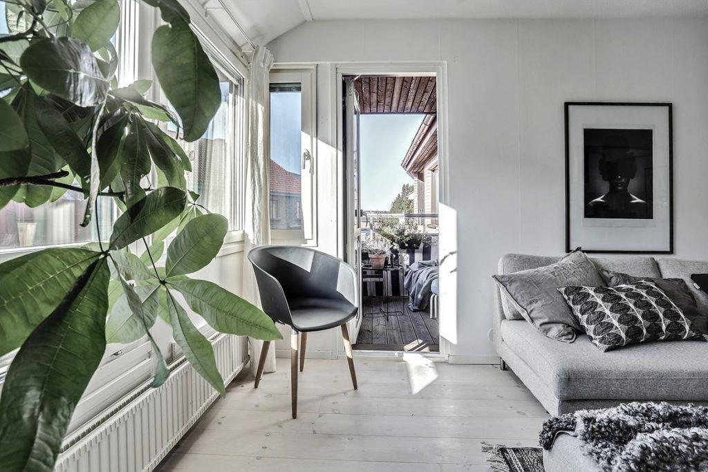 decorating with black, black home decor, hoem tour scandinavian, beautiful interior design, interior design blog italianbark