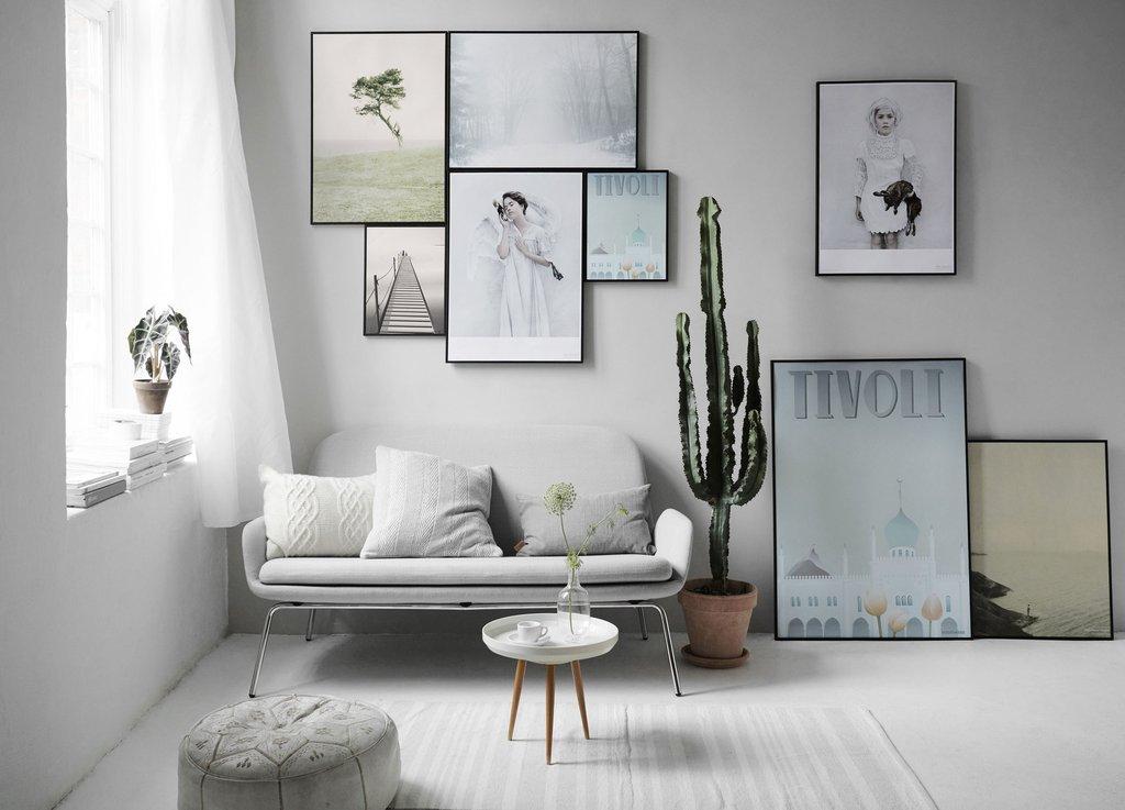 billedvaeg-_white_tones-horisontal-lowres_9d90c97d-0acd-4b3a-bf2a-3a2afd5697e8_1024x1024