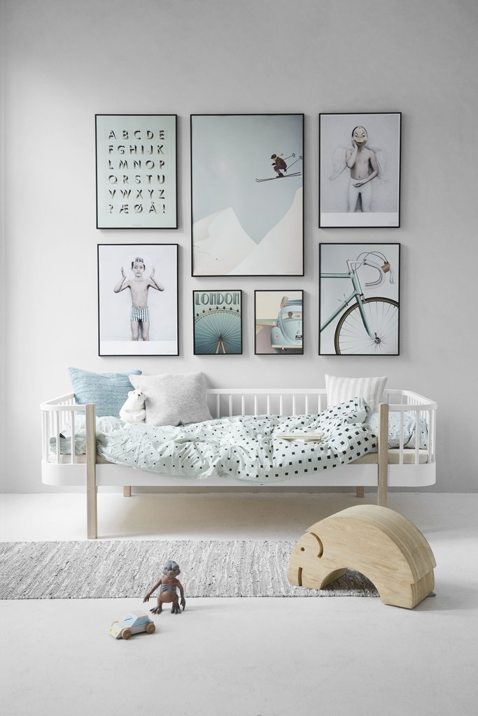 wall-_childrens_room-boyish-low_7b4b5e89-b514-40e1-b50c-9c936bc75884_1024x1024