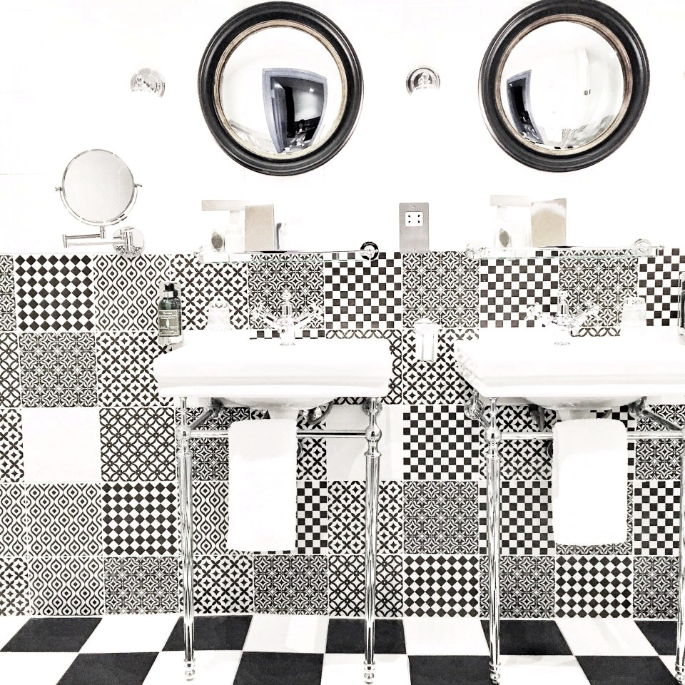 Geometric Bathroom Design In Black And White