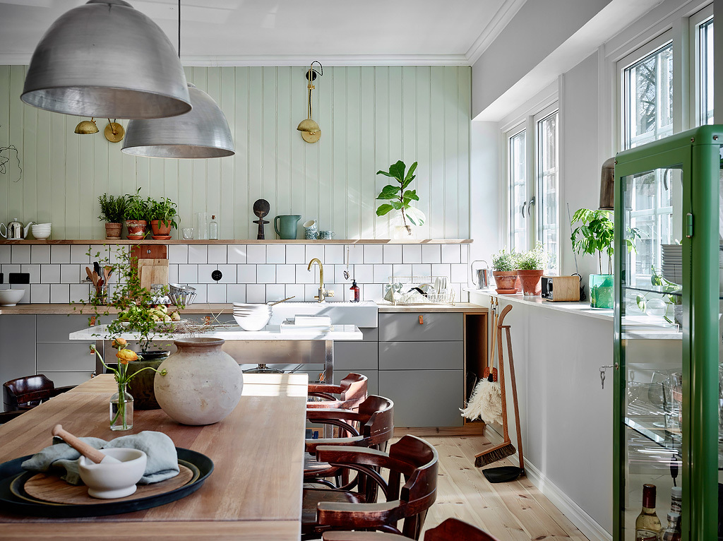 astounding scandinavian home interior design | Colorful Scandinavian apartment with neutrals and mint ...