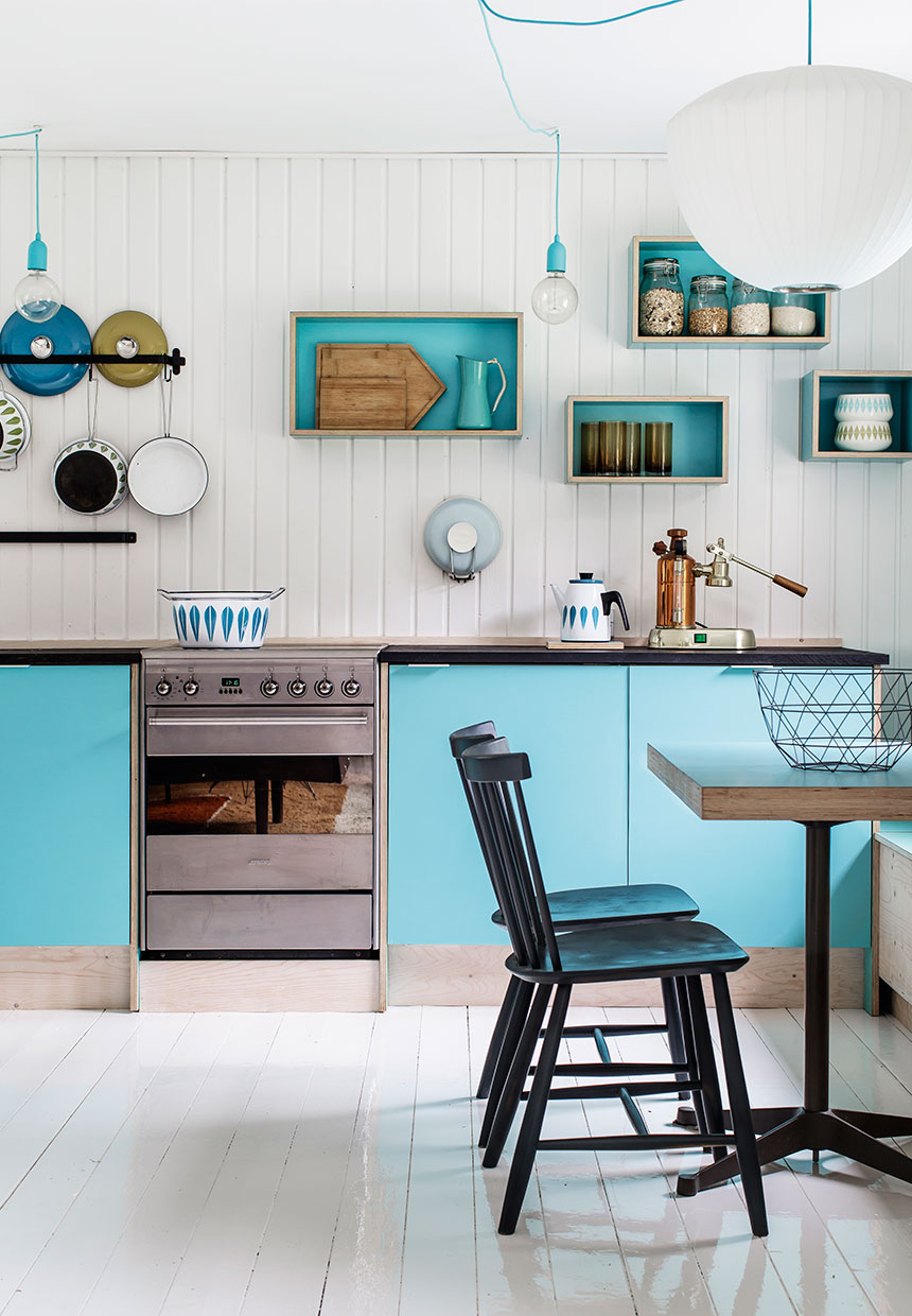 Holiday cottage design in Denmark with violet and sky blue | ITALIANBARK