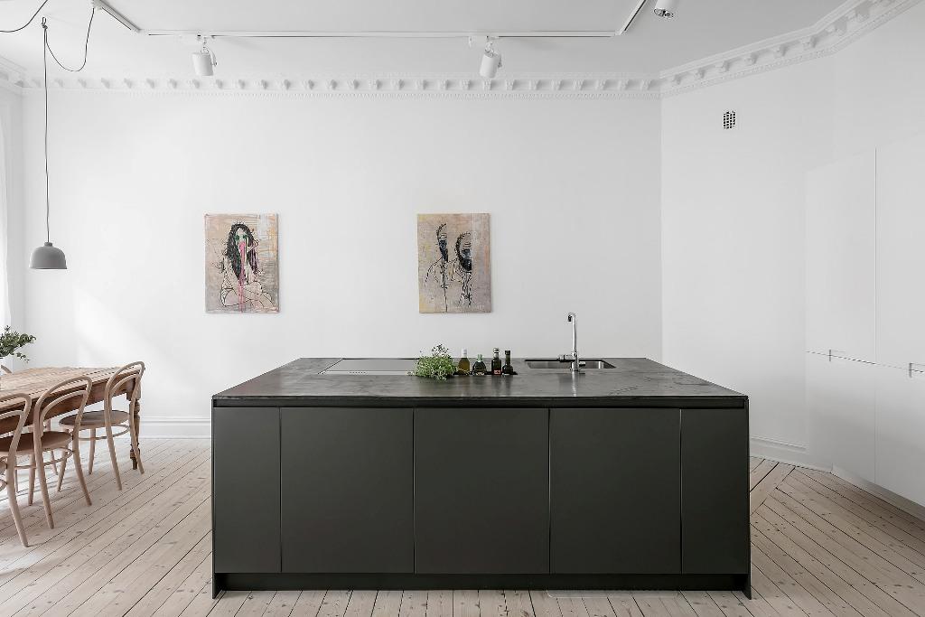 Incredible Scandinavian Interior With Amazing Kitchen Island Design Short Links Chair Design For Home Short Linksinfo