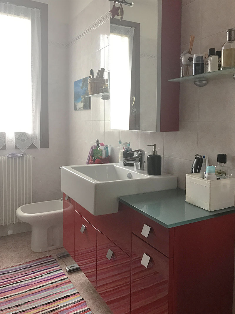 Mobile Da Bagno Ikea my bathroom before after   complete makeover of small bathroom