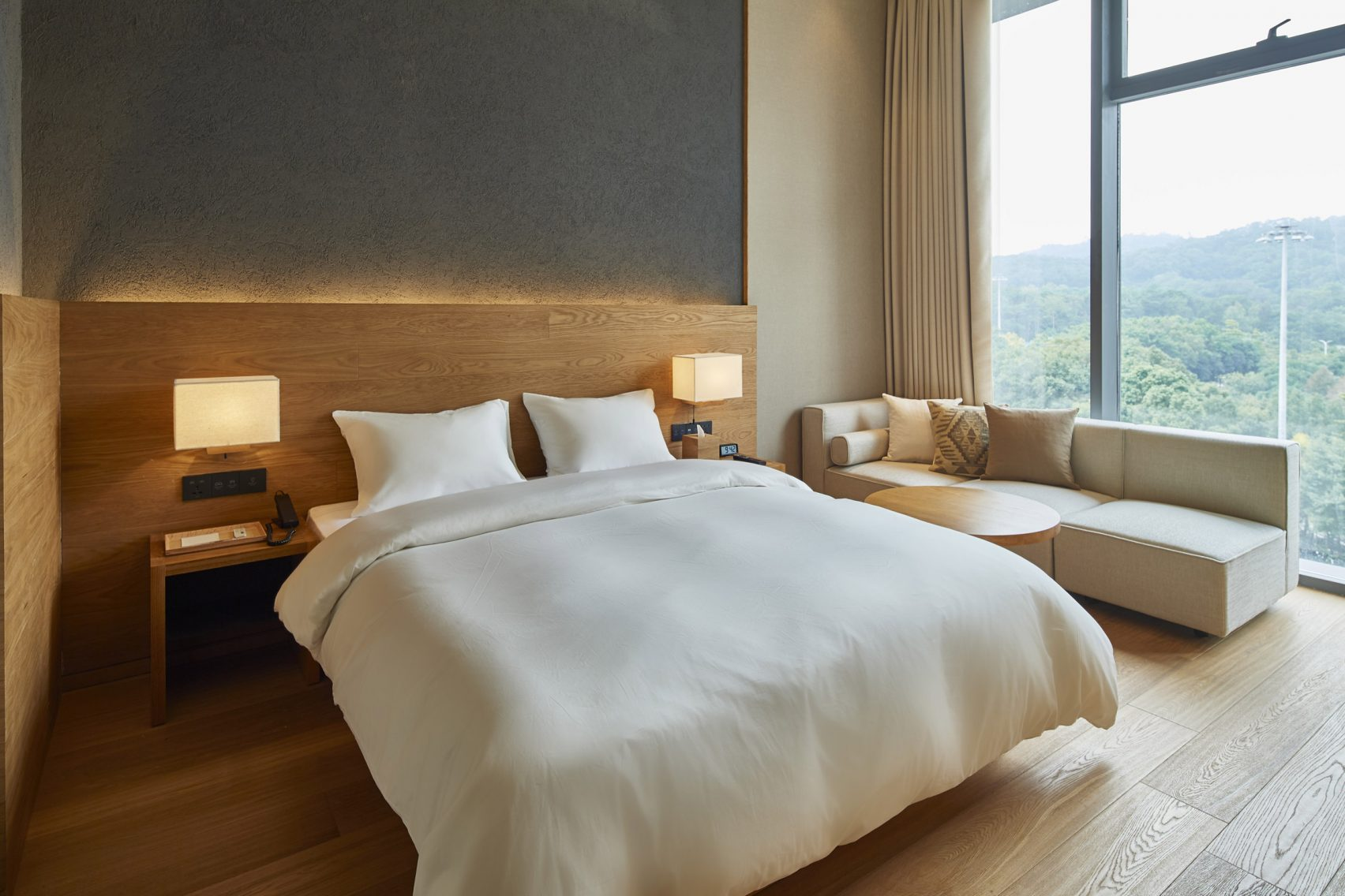 Hotel room design trends what travellers want in their for Design hotel rom