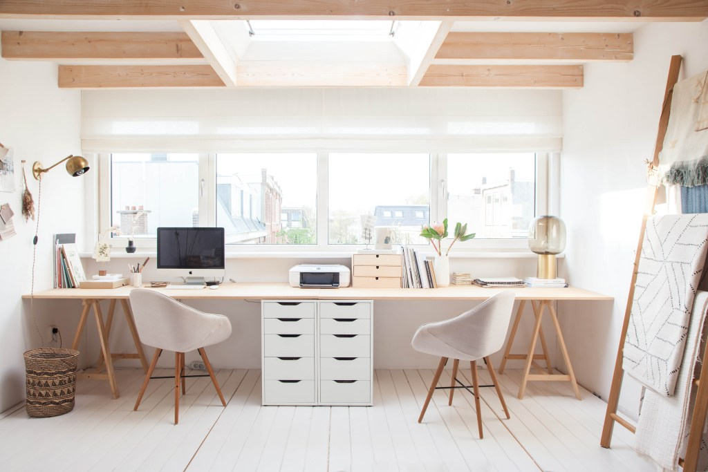 20 Inspiring Home Office Design Ideas For Small Spaces: 5 Cool Home Office Decorating Ideas For A Workspace Restyling