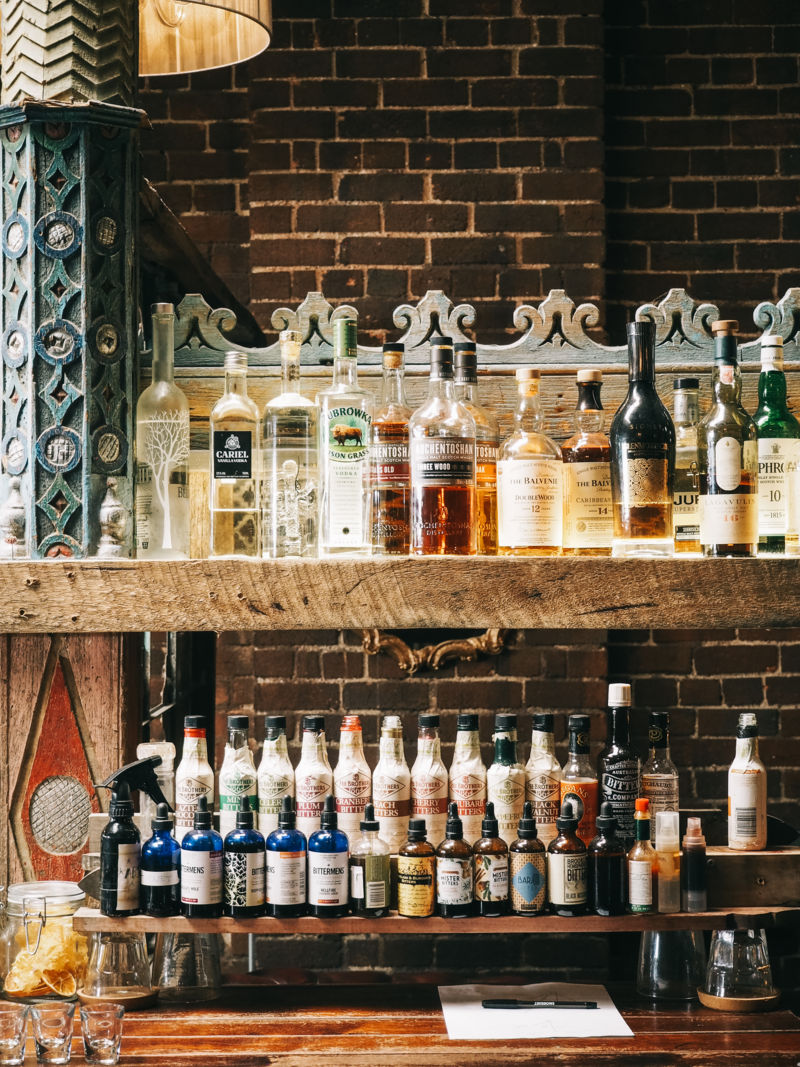 melbourne design guide, , holy grail bar, where to drink melbourne, italianbark design guides