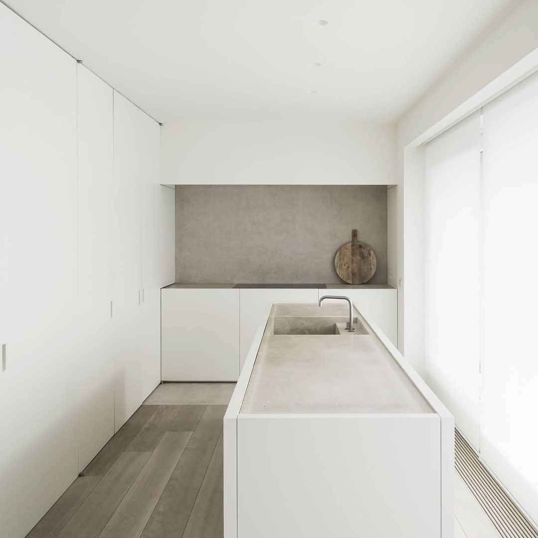 White Kitchen, Minimalist Kitchen Design, Scandinavian Style Kitchen,  Bertazzoni, Italianbark Interior Design