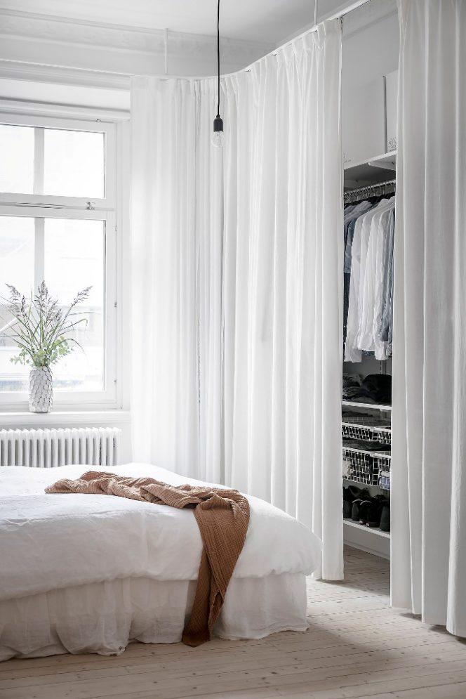 Home Decor Ante Scorrevoli.How To Choose The Right Wardrobe Design For A Minimalist Bedroom