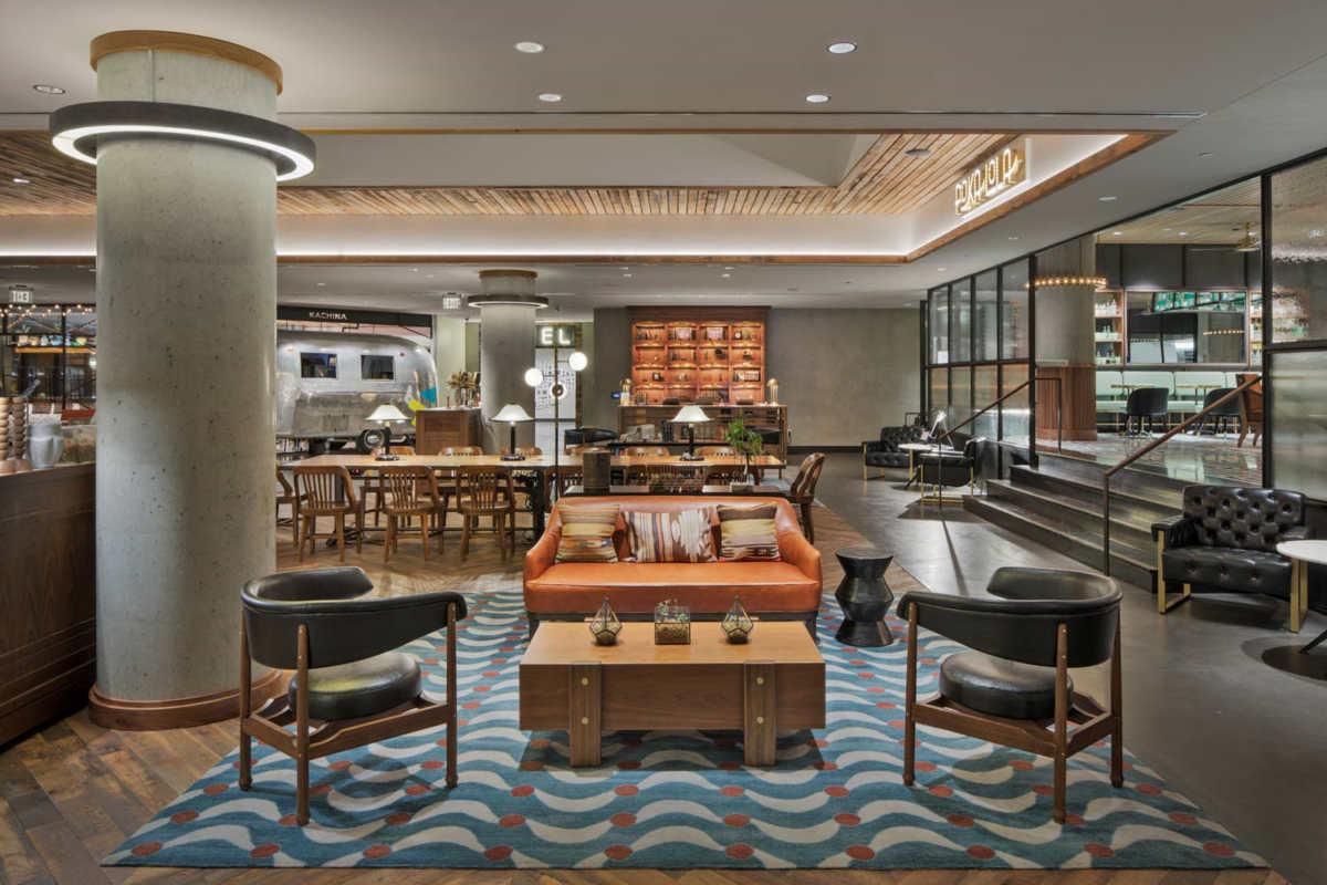 7 top design trends for hotel restaurants in 2019 for Hotel decor trends