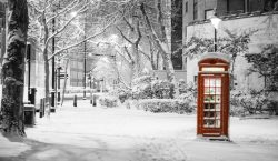 TRAVEL TIPS | 5 Utterly Christmassy things to do in…