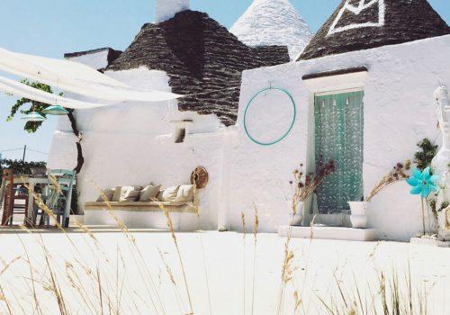 ITALIAN INTERIORS | Charming Trullo design in Puglia