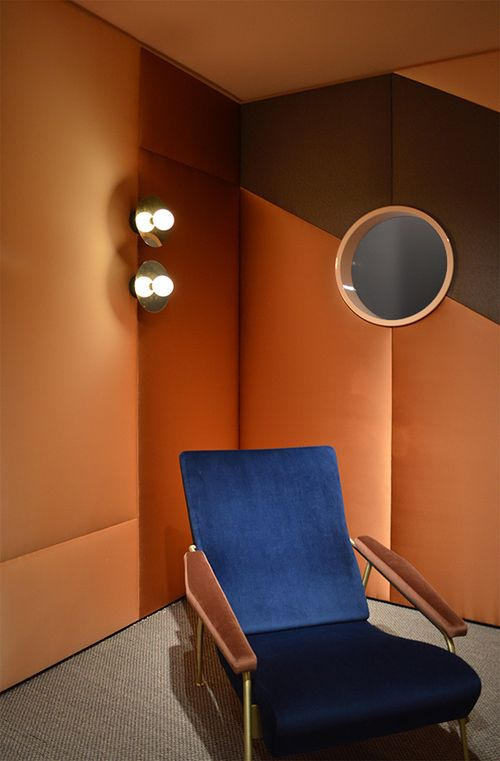 ORANGE COLOR TREND 2020, orange interior design, pumpkin orange